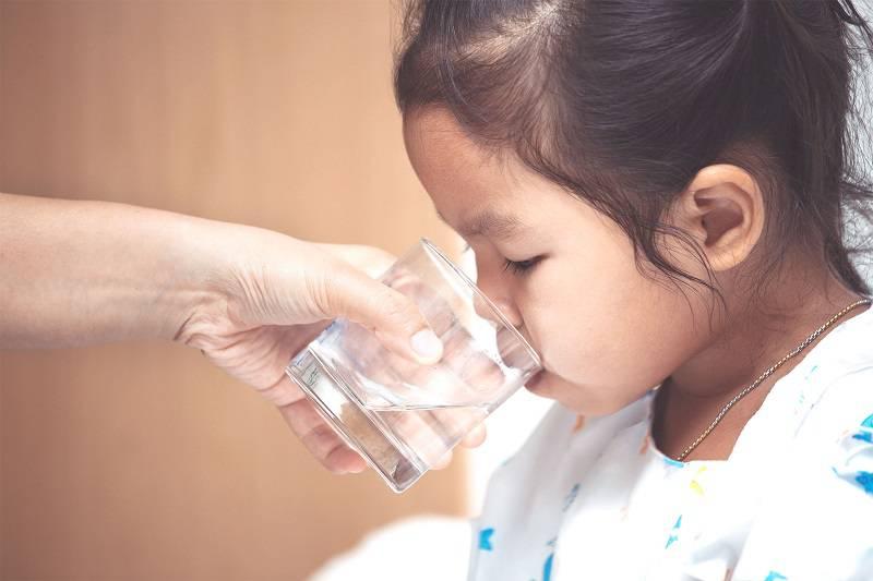 پایین آوردن تب در کودکان