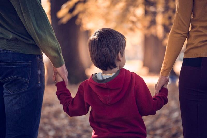 والدین با سوفل بی گناه